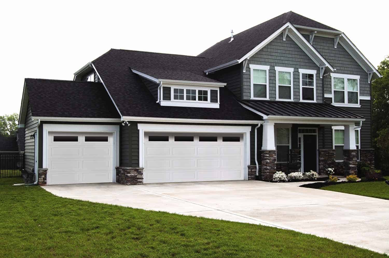 New Home Garage Door | Fort Wayne Door | Fort Wayne, IN